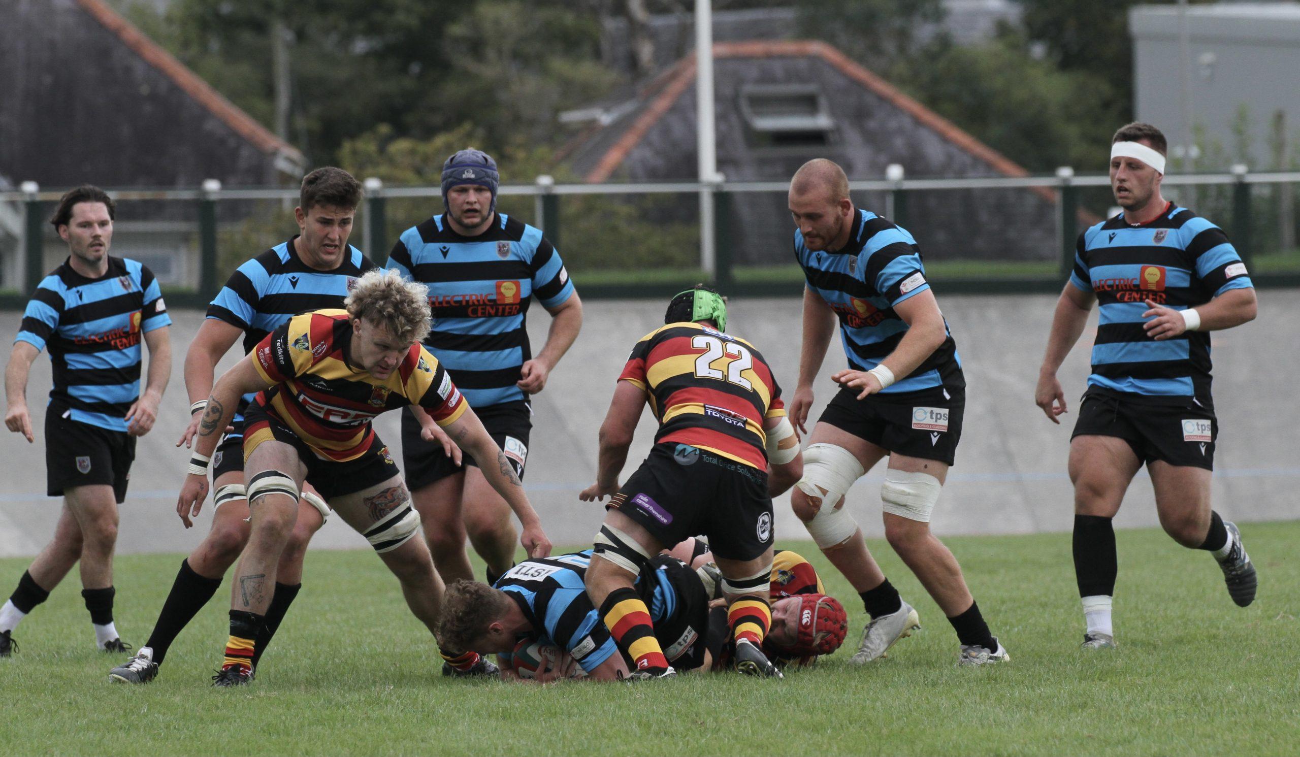 Carmarthen Quins 10 – Cardiff 13